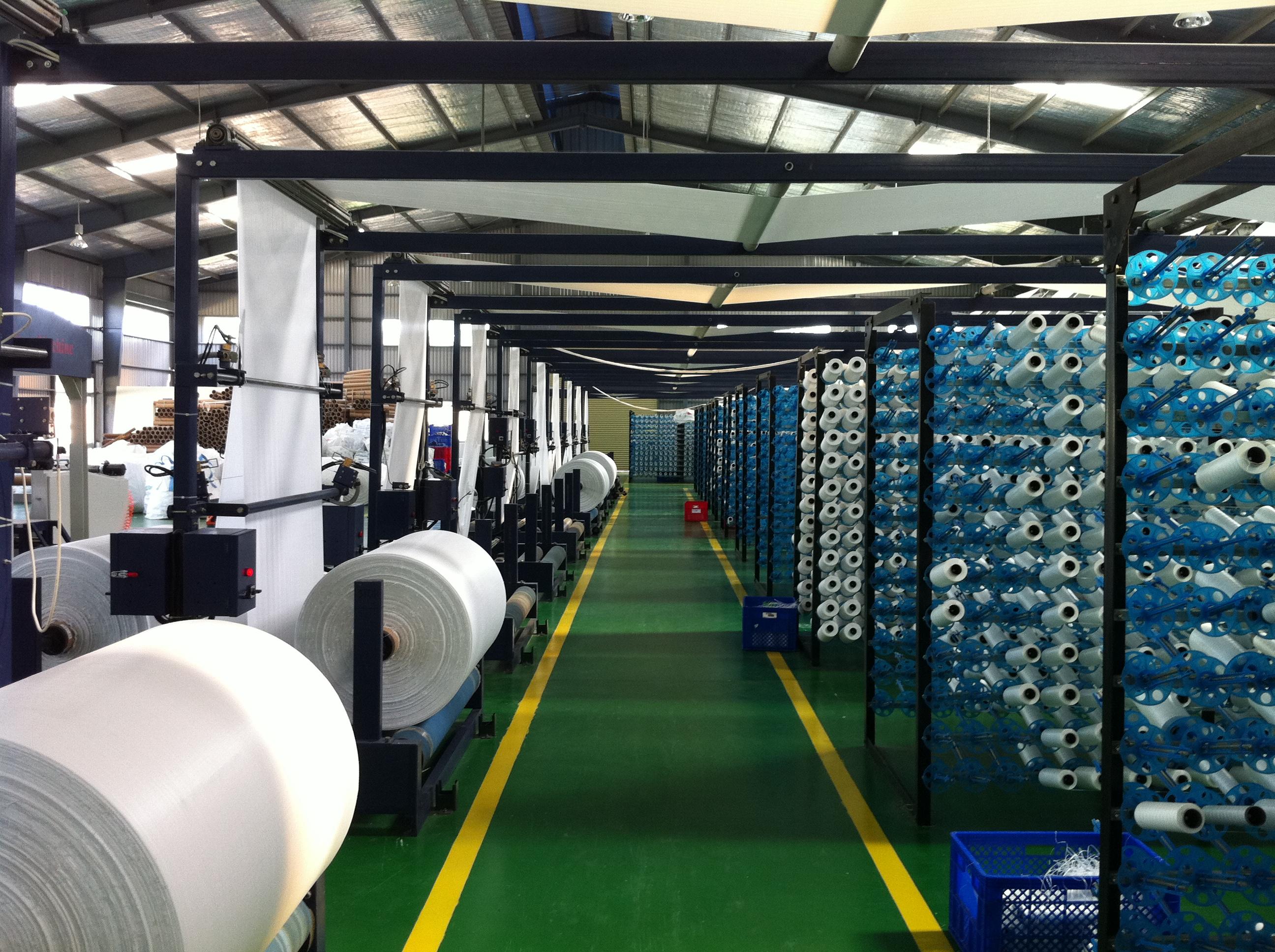 xưởng sản xuất bao bì
