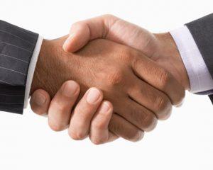 Mối quan hệ giữa sản phẩm và công ty sản xuất bao bì