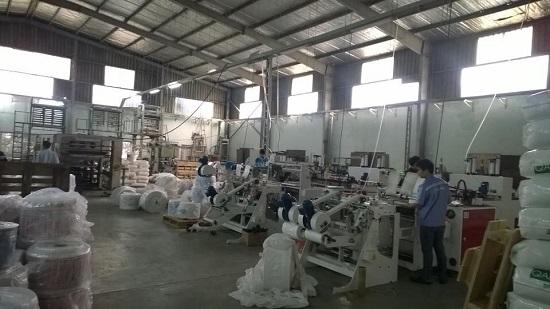 Hệ thống máy móc các hiện đại thì sản phẩm túi HDPE ra đời càng có nhiều ưu điểm và có năng suất cao hơn
