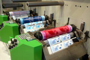 In túi ni lông bằng phương pháp in Flexo in bao bì sản phẩm bằng công nghệ Flexo