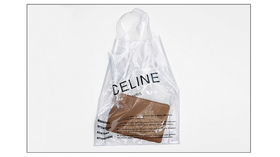 Túi nhựa hàng hiệu giá trị hàng chuc triệu đồng