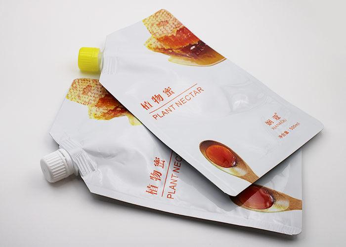 Túi nhựa được in ấn bằng kỹ thuật và máy in chuyên dụng