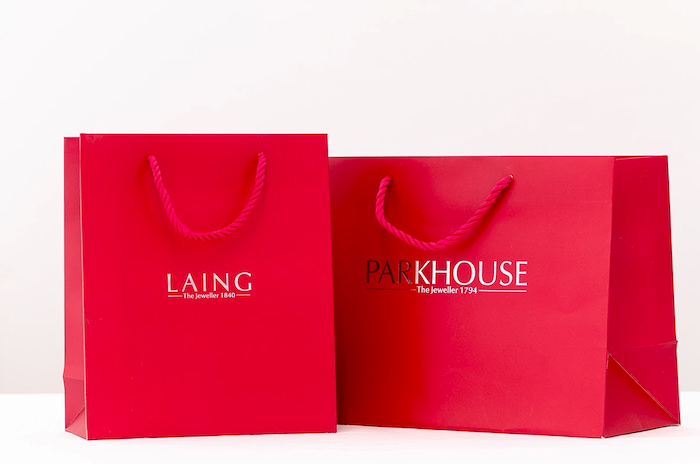 In túi giấy giúp thương hiệu của doanh nghiệp đến gần với người tiêu dùng