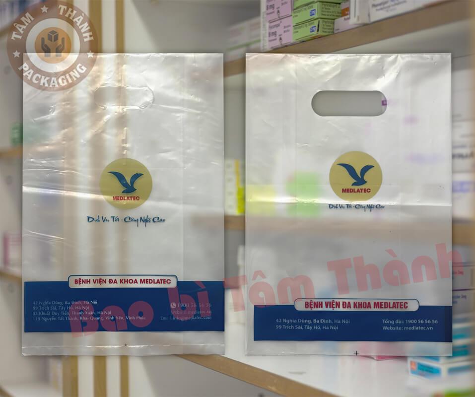 Túi mua thuốc của bệnh viện Medlatec